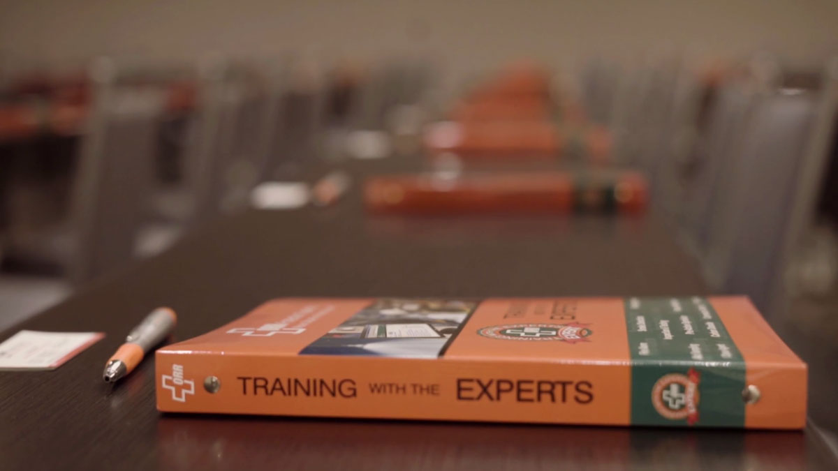 Training-with-Experts-BInder.jpg